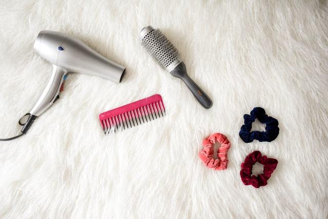 Obiceiuri proaste de evitat pentru părul predispus la degradare
